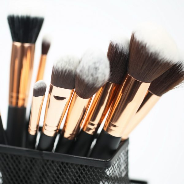 Private label makeup brushes