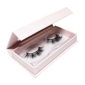pink lash box